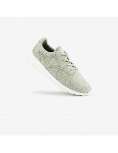 zandkleurige sneaker
