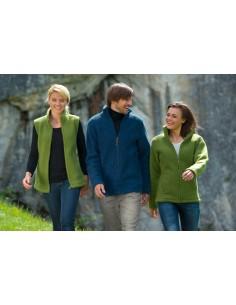 Vest in groen (biologische fleece wol)